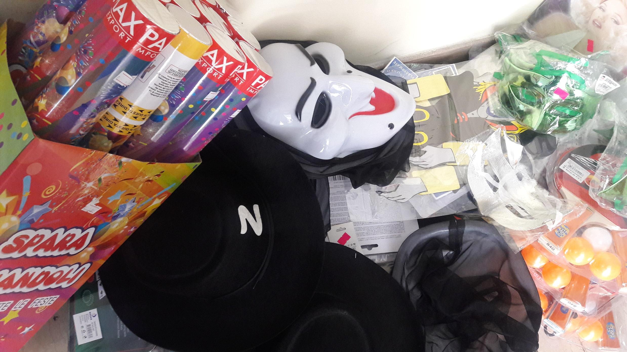 sequestro Guardia di finanza Matera Carnevale sicuro- Maschera
